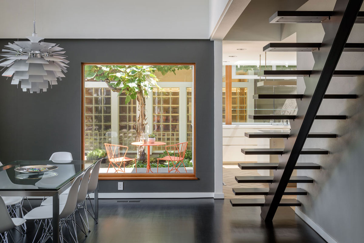 Schenone Residence   Stairs fabricated by Deform. Design: Risa Boyer. Photo: Aaron Leitz